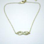 375 Gold Unendlichkeits-Armkette mit 4 Diamanten